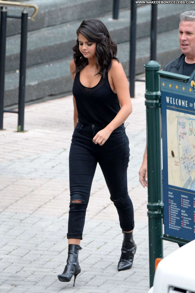 Selena Gomez No Source Babe Posing Hot Celebrity Beautiful Paparazzi
