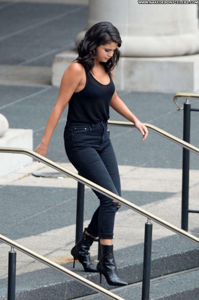 Selena Gomez No Source Beautiful Posing Hot Babe Celebrity Paparazzi