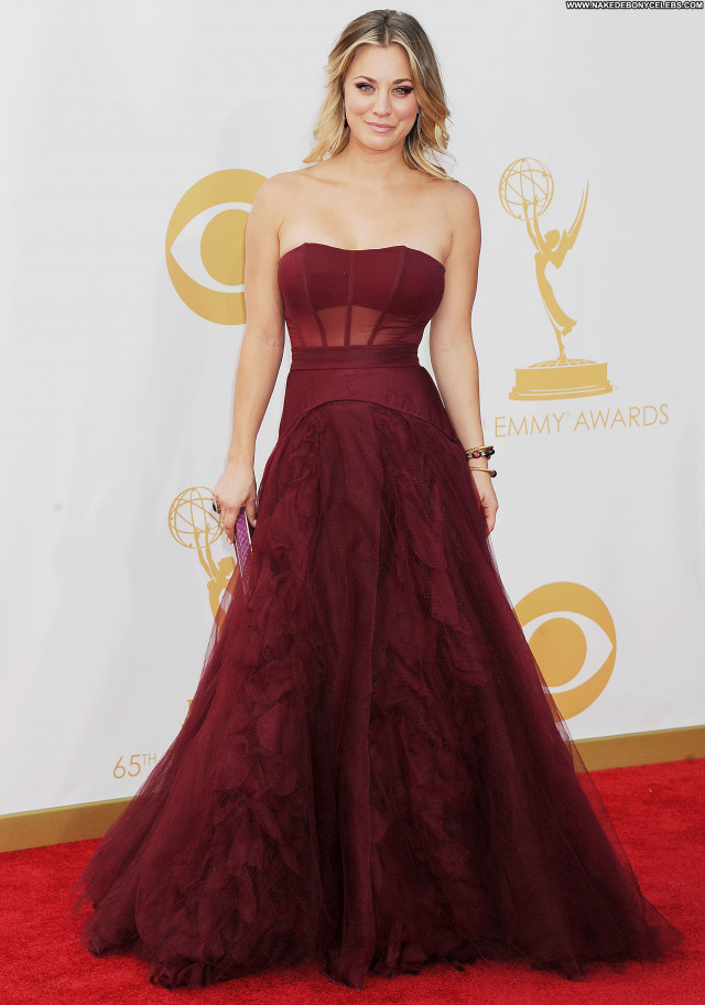 Kaley Cuoco Primetime Emmy Awards Posing Hot Babe Awards Celebrity