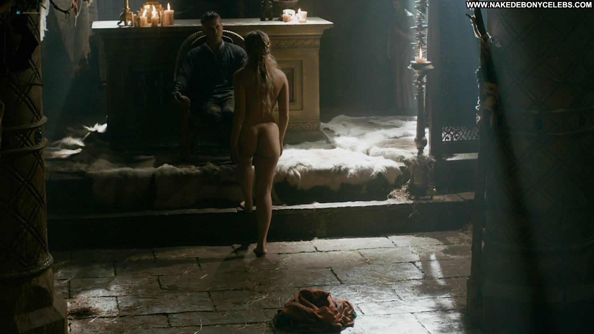 Alicia Agneson Vikings Celebrity Beautiful Babe Posing Hot Nude Hd Nipples